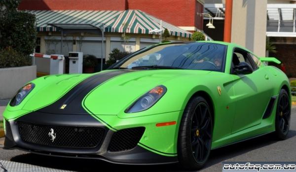 матово-зелёная Ferrari 599 GTO
