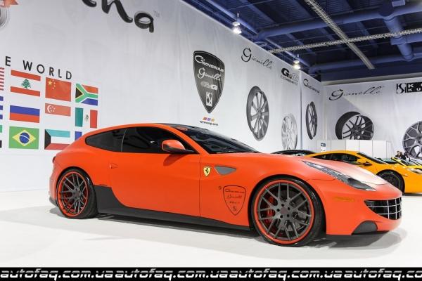Матовый Ferrari FF от Giovanna Wheels