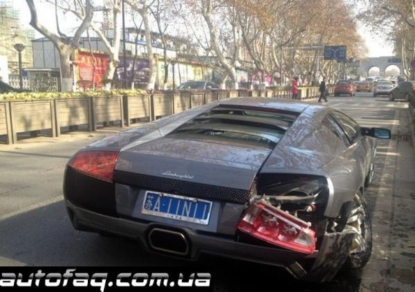 Lamborghini Murcielago LP640 авария