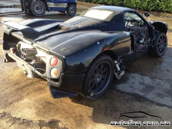 разбитый Pagani Zonda Roadster