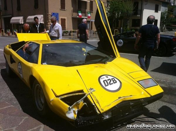 разбили Lamborghini Countach LP400