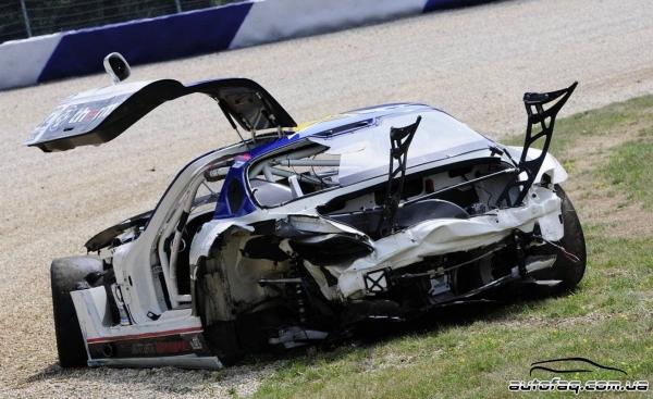 Разбили Mercedes SLS AMG GT3
