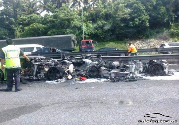 сгорело три Lamborghini в Малайзии