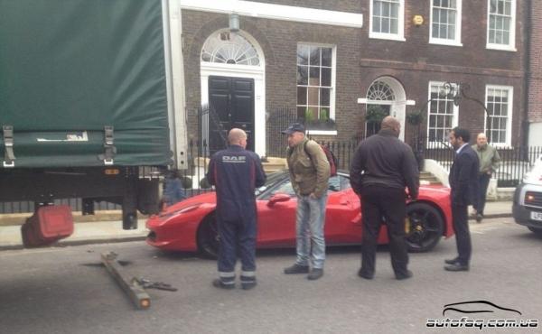 Ferrari 458 Italia авария Лондон
