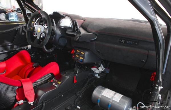 салон Ferrari 458 Challenge