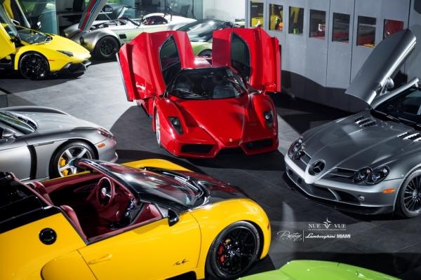 Bugatti Pierre Veyron Grand Sport vs Ferrari Enzo